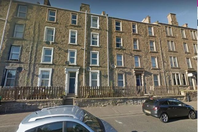 Thumbnail Flat to rent in Cleghorn Street, Dundee