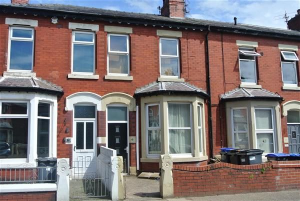 Thumbnail Flat for sale in Cambridge Road, Blackpool