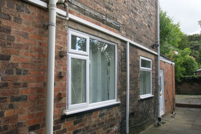 Thumbnail Flat to rent in Liverpool Road, Kidsgrove