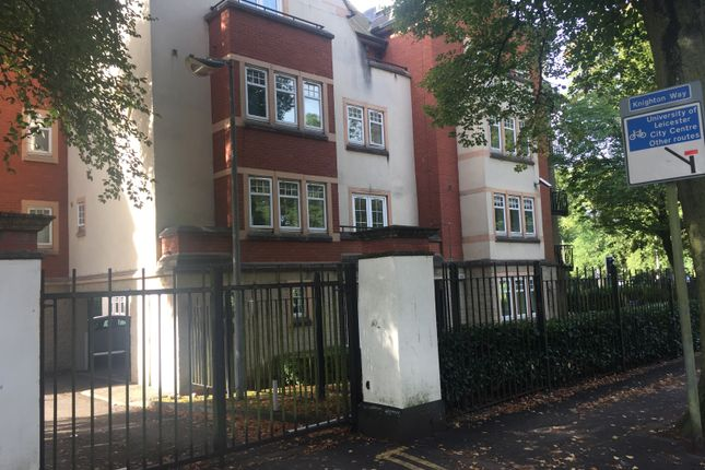 Thumbnail Flat to rent in Knighton Park Road, Leicester