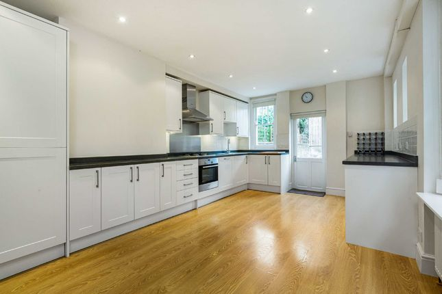 Thumbnail Detached house to rent in Lydon Road, Clapham