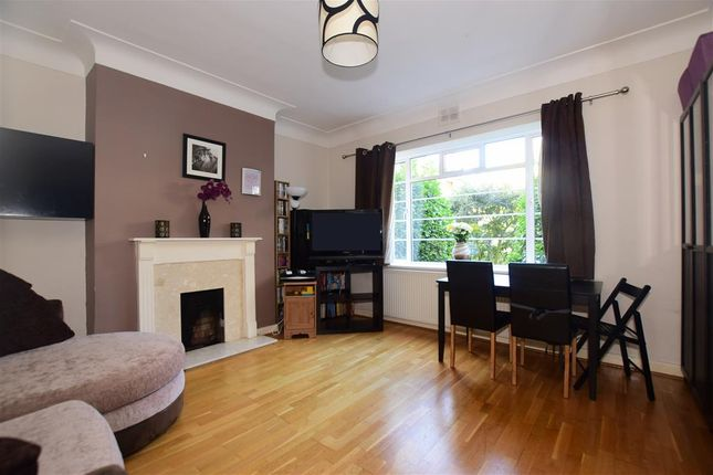 Thumbnail Flat for sale in Woodford Road, London
