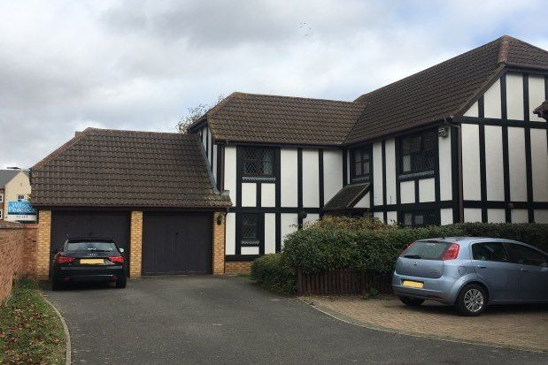 Thumbnail Property to rent in Great Portway, Bedford