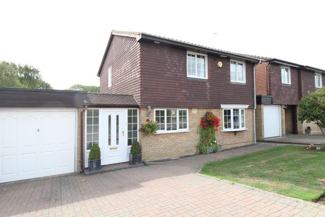 Thumbnail Detached house for sale in Farthing Drive, Letchworth Garden City