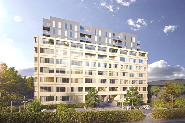 Thumbnail Flat for sale in Westgate House, Ealing