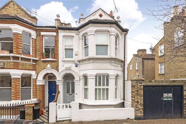 3 bed maisonette for sale in Hafer Road, London SW11