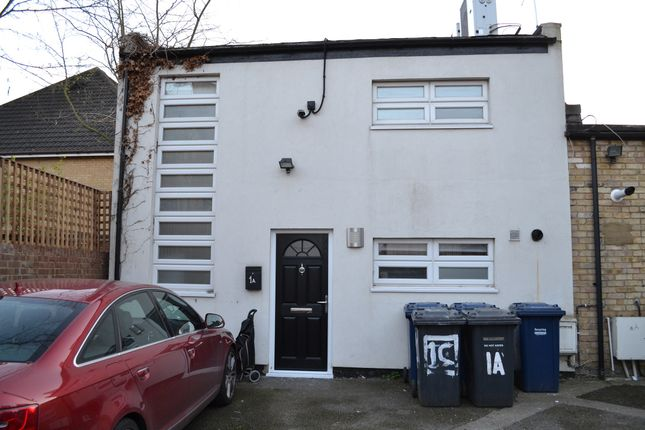 Thumbnail Flat to rent in Princes Avenue, Finchley Central