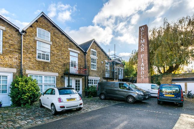 Thumbnail Property for sale in Welmar Mews, Clapham