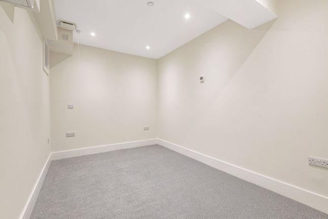Bedroom of George Road, Guildford GU1