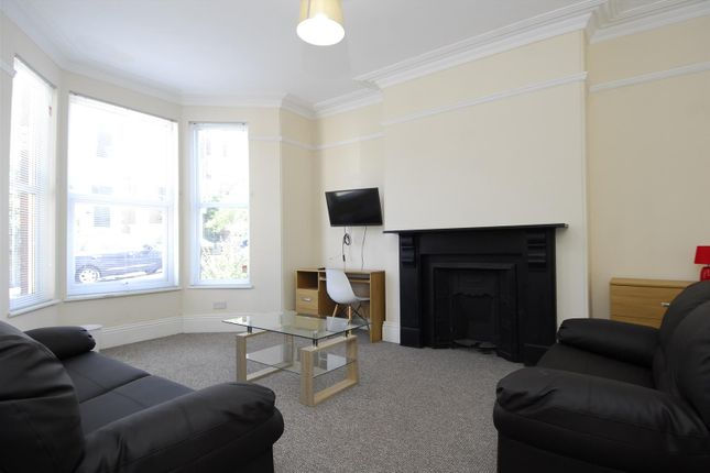 Thumbnail Property to rent in Hamilton Gardens, Mutley, Plymouth