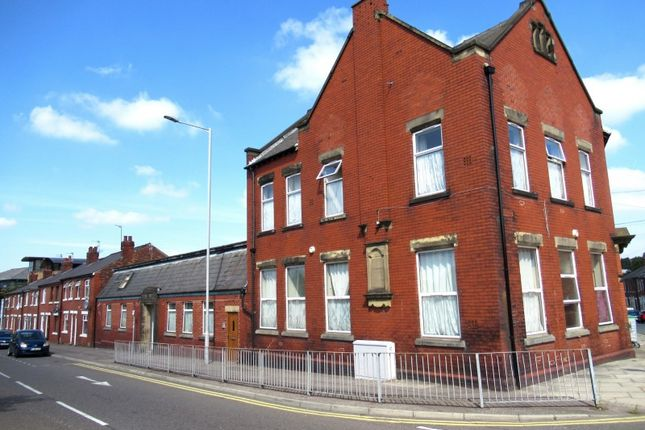 Thumbnail Retail premises for sale in Marsh Lane, Preston