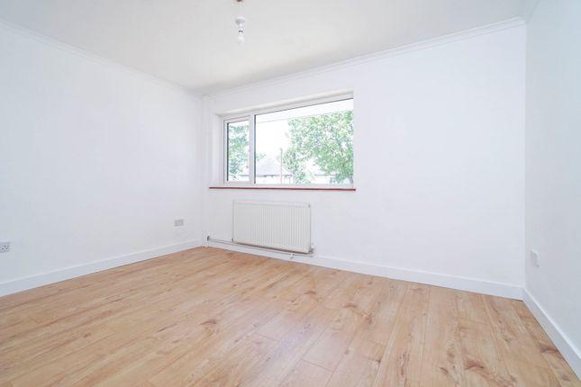 Bedroom of Colston Avenue, Carshalton SM5