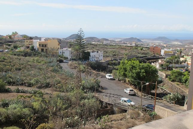 3 bed apartment for sale in Valle San Lorenzo, Tenerife, Spain