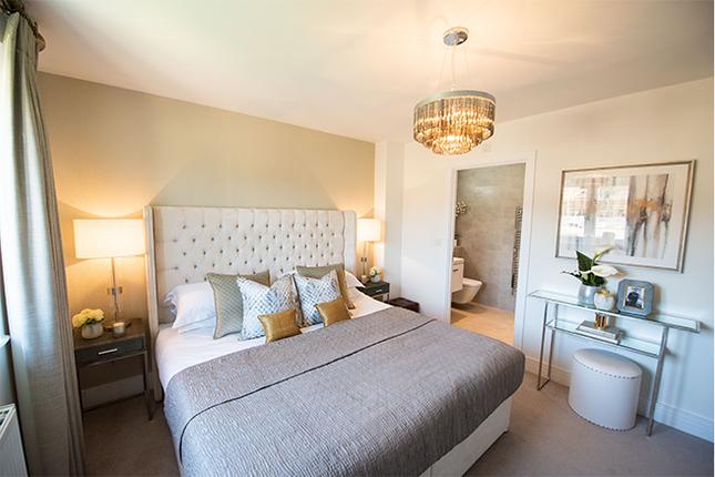 Master Bedroom of Cross Trees Park, Shrivenham SN6