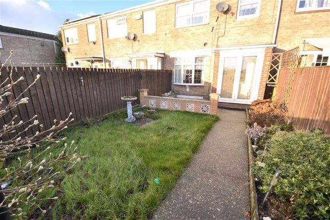 Thumbnail Property for sale in Redmire Close, Bransholme, Hull