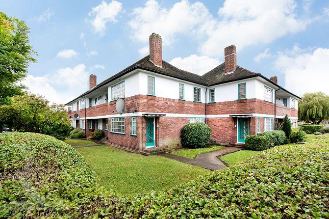 Thumbnail Flat to rent in Ossulton Way, Hampstead Garden Suburb