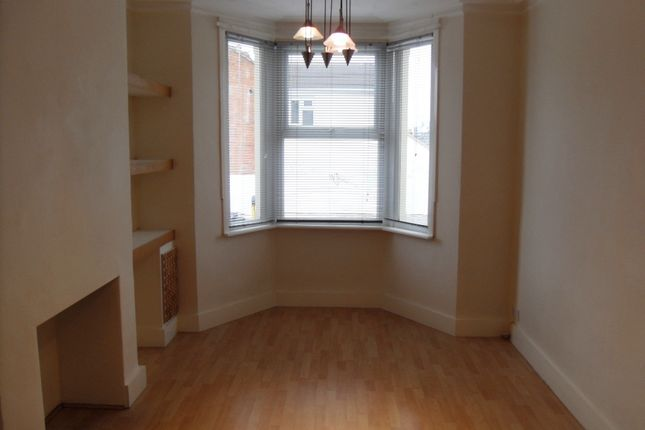Thumbnail Terraced house to rent in Crombey Street, Town Centre, Swindon, Wiltshire