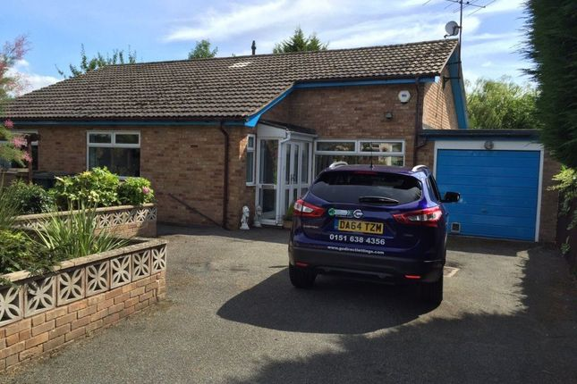 Thumbnail Bungalow to rent in Saughall Massie Lane, Upton, Wirral