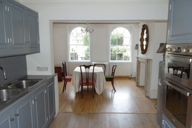 Thumbnail Shared accommodation to rent in Wincott Parade, Kennington Road, London