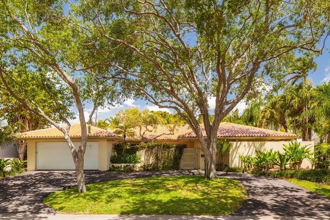 Thumbnail Property for sale in 11 S Prospect Dr, Coral Gables, Florida, United States Of America