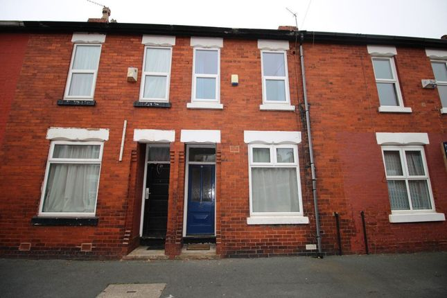 3 bed property to rent in Stanley Avenue, Manchester
