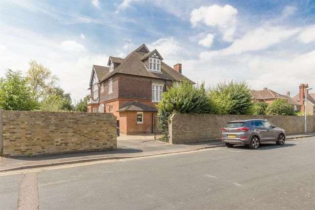 Thumbnail Detached house for sale in Valenciennes Road, Sittingbourne