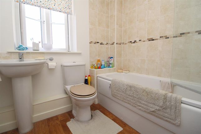 Bathroom of Jackdaw Drive, Stanway, Colchester CO3