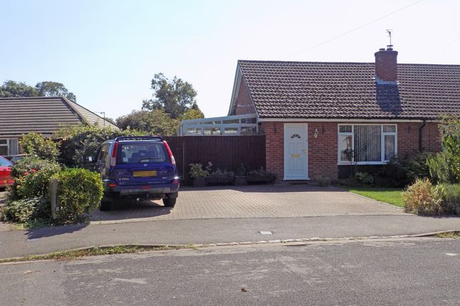 Thumbnail Bungalow for sale in Hillview Road, Abingdon, Abingdon