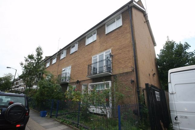 Thumbnail Flat to rent in Shenley Road, London