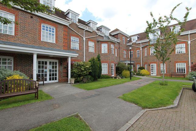 Thumbnail Flat for sale in 14 Farmery Court, Castle Village, Berkhamsted, Hertfordshire