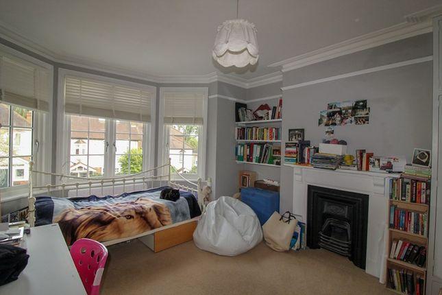 Picture No. 10 of Fitzjohn Avenue, High Barnet, Hertfordshire EN5