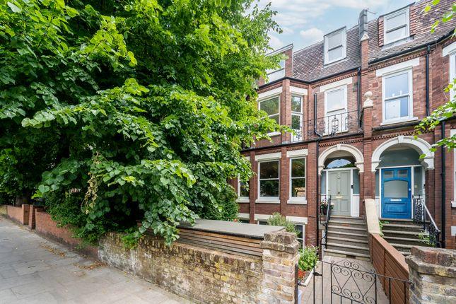 Thumbnail Terraced house for sale in Tollington Park, London