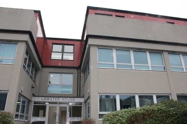 2 bed flat for sale in South Street, Dorking RH4