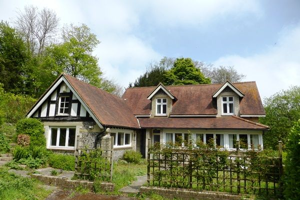 Thumbnail Cottage for sale in Alkham Road, Temple Ewell, Dover