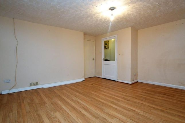 Thumbnail Flat to rent in Albert Road, Saltash, Cornwall