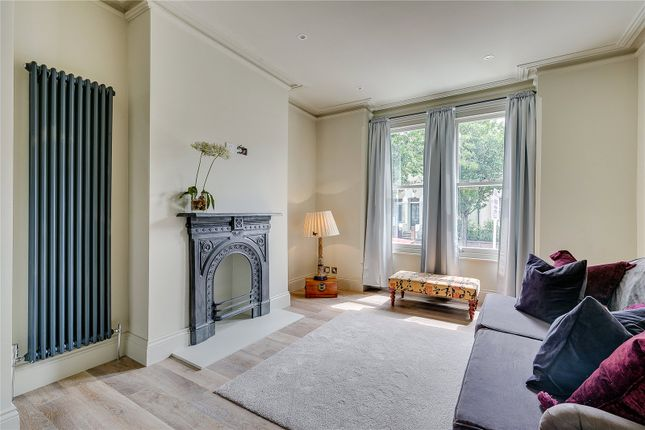 Living Room of Reporton Road, Fulham, London SW6