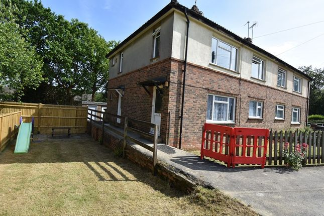 Thumbnail Flat for sale in Windsor Road, Crowborough