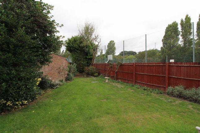 Garden of Farm Vale, Bexley DA5