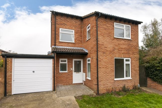 Thumbnail Property to rent in Hunter Close, Abingdon