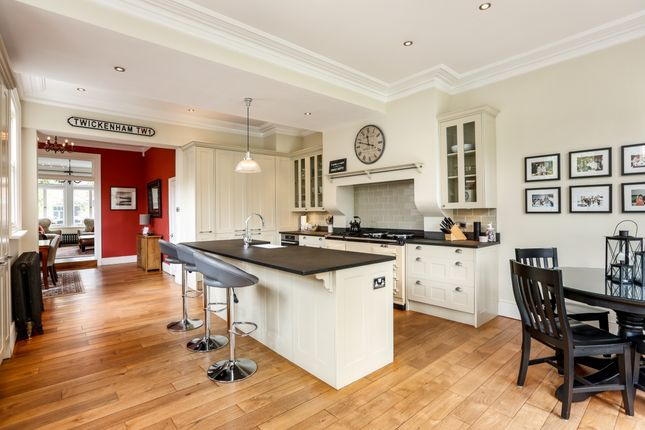 Thumbnail Property to rent in Lebanon Park, Twickenham