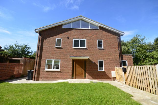 Thumbnail Detached house to rent in Trafford Road, Great Missenden, Buckinghamshire