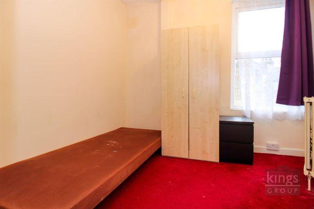 Bedroom 2 of Woodside Gardens, London N17