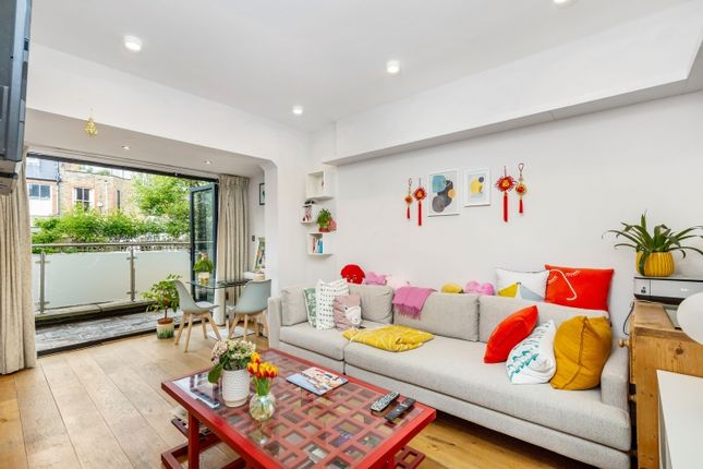 1 bed flat to rent in Rostrevor Road, Fulham, London SW6