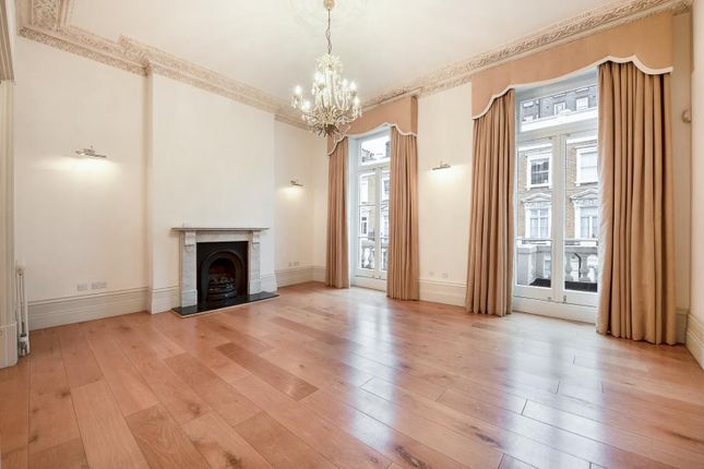 Thumbnail Property to rent in Gloucester Street, London