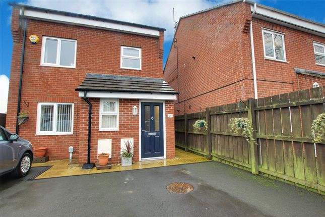 Thumbnail Maisonette for sale in Nicholson Close, Beverley, East Yorkshire