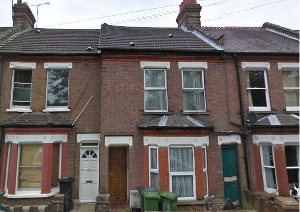 Thumbnail Terraced house to rent in Havelock Road, Luton