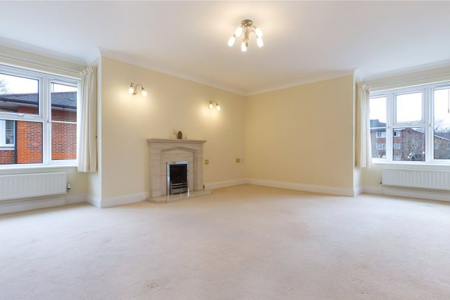Living Room of Shilling Close, Tilehurst, Reading, Berkshire RG30