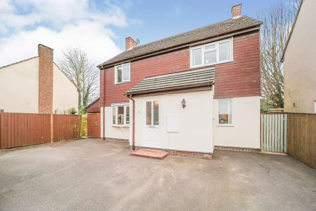 Thumbnail Detached house for sale in Markby Close, Duxford, Cambridge