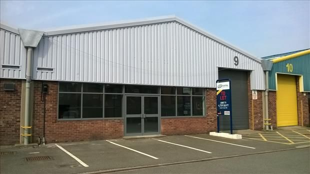 Thumbnail Light industrial to let in Unit 9, Central Trading Estate, Marley Way, Saltney, Cheshire