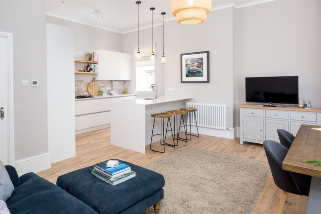 Thumbnail Flat for sale in Eaton Crescent, Clifton, Bristol